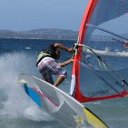 Racconti di windsurf: un sogno realizzato nell'affascinante spiaggia di Marina Maria